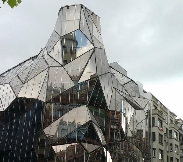 Inspiracje #12 Fasady ze snów szalonych architektów